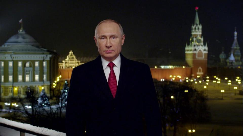 «Здравствуйте, дорогие россияне»: анализ новогодних речей Владимира Путина