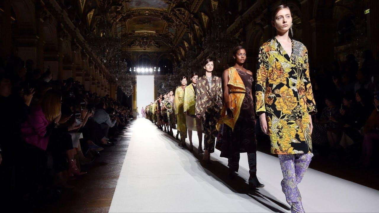 Нет границ прекрасному: самые необычные fashion-показы