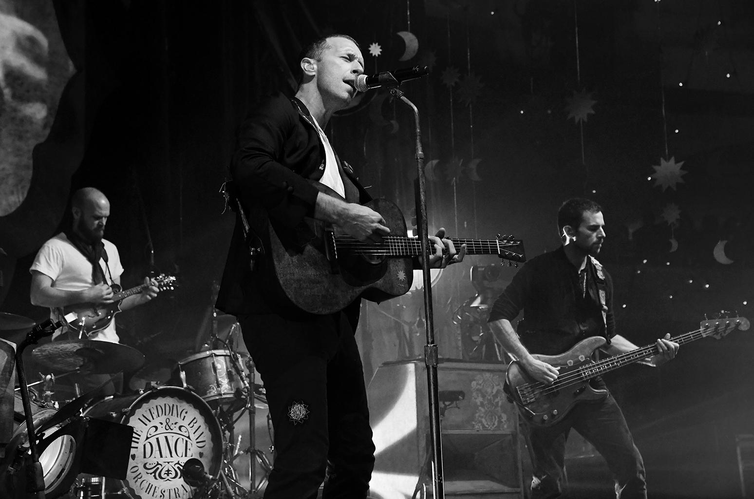 «Reimagined»: группа Coldplay в мини-фильме о создании нового EP