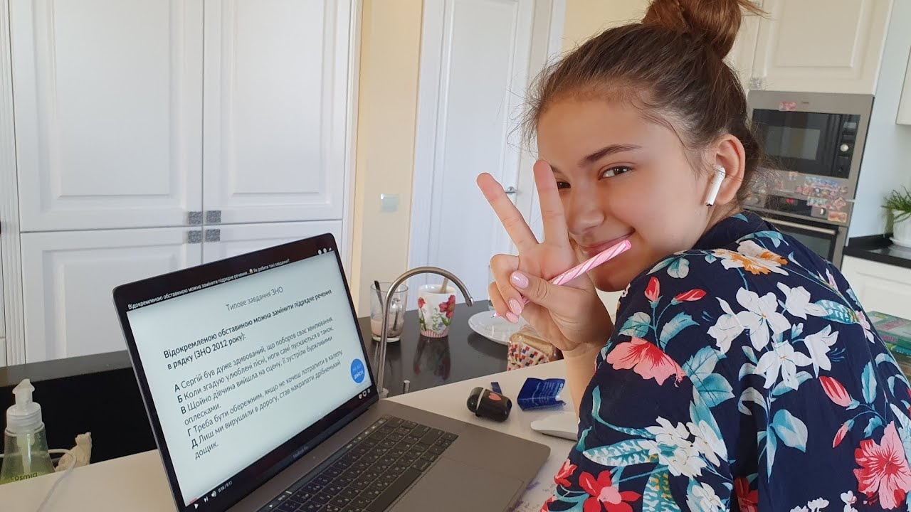 Самоизоляция: как блогеры-миллионники проводят эти 14 дней