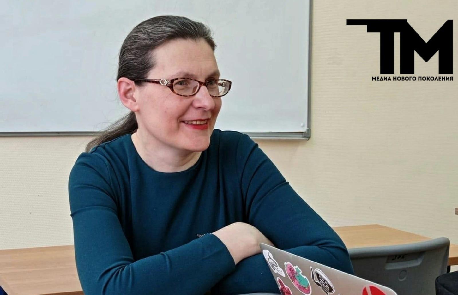 Про колонию, перловку и извергов: интервью с преподавателем русского языка и литературы
