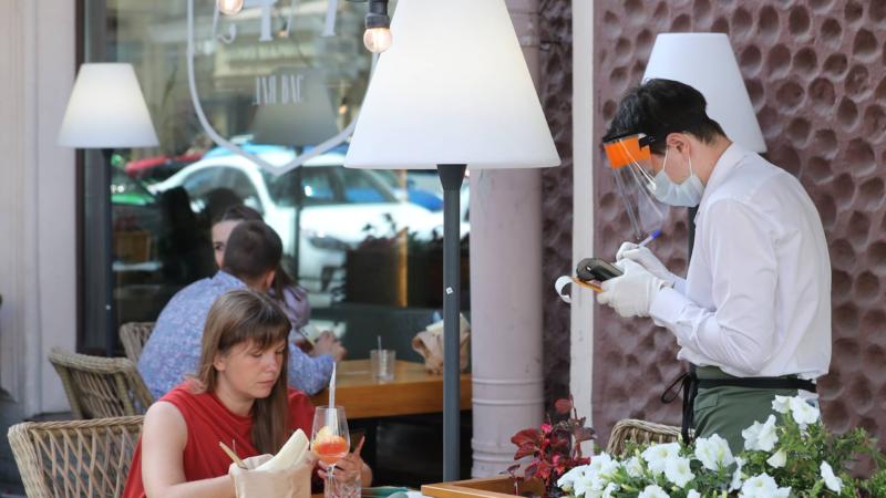Летние веранды в Москве будут доступны для посещения без QR-кода