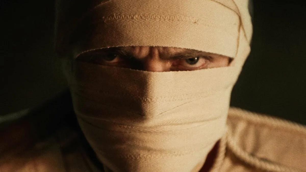 «Би-2» выпустили клип «Нам не нужен герой»